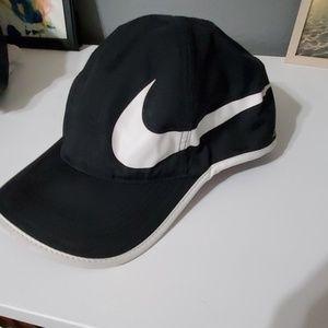 Women's Nike dri fit hat